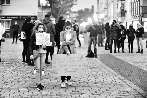 o wolnosc w zniewolonym kraju, zdjęcie 3/33