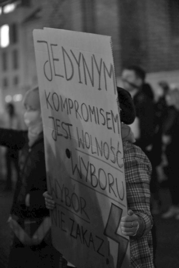 o wolnosc w zniewolonym kraju, zdjęcie 14/33