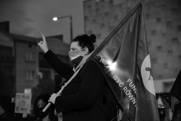 sprzeciw wobec wladzy, zdjęcie 2/14