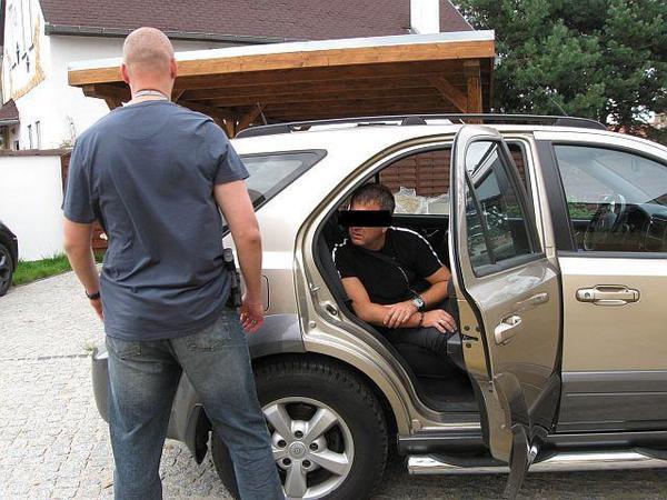 policjanci odzyskali luksusowe bmw, zdjęcie 3/7