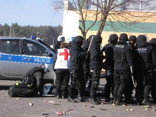 policja musiala interweniowac , zdjęcie 3/14
