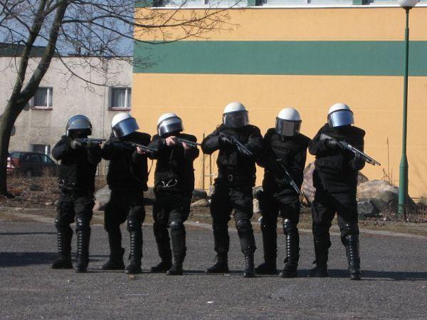 policja musiala interweniowac , zdjęcie 7/14