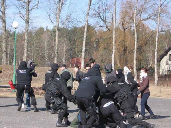 policja musiala interweniowac , zdjęcie 13/14
