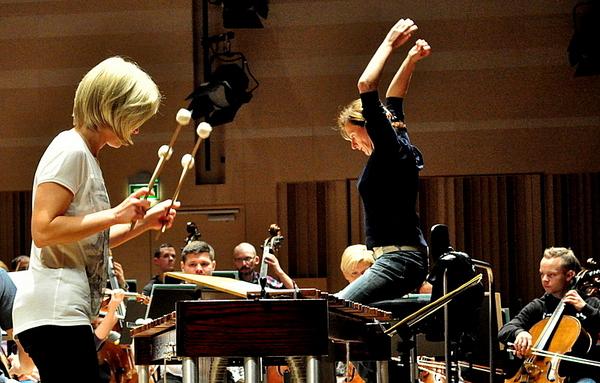 jutro zagra przesliczna marimbafonistka, zdjęcie 3/19