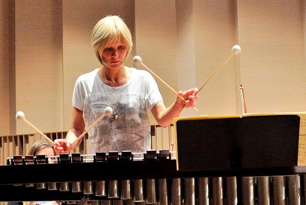 jutro zagra przesliczna marimbafonistka, zdjęcie 7/19