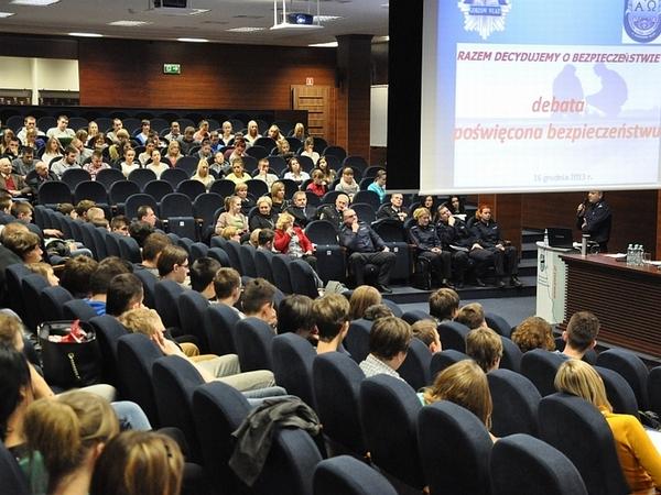 debatowali o bezpieczenstwie, zdjęcie 11/11