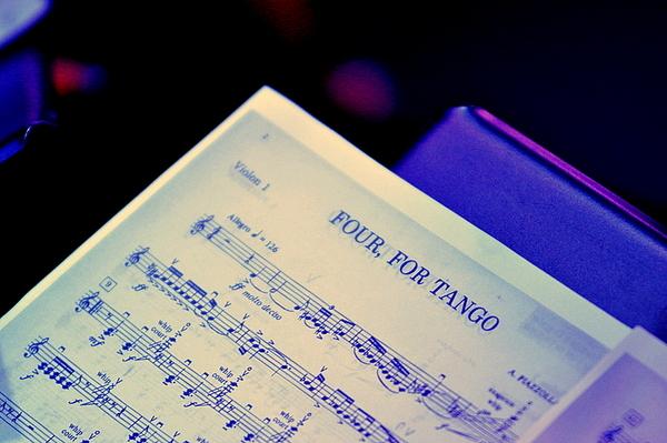 filharmonicy w jazz clubie pomysl trafiony, zdjęcie 3/3
