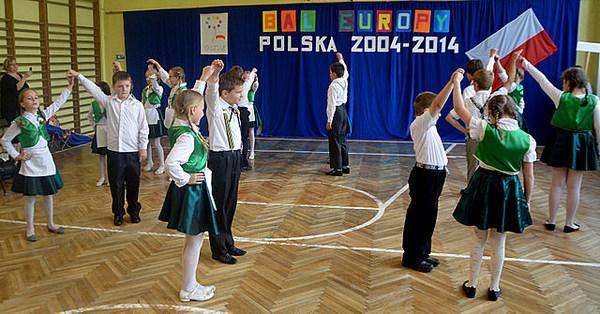 europejski bal w sp 6br , zdjęcie 2/9