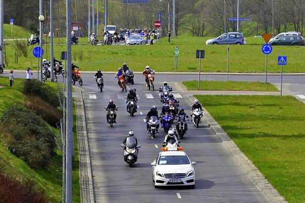 milosnicy motocykli jechali jechali jechali, zdjęcie 3/15