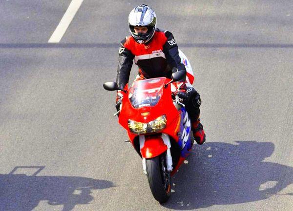 milosnicy motocykli jechali jechali jechali, zdjęcie 13/15