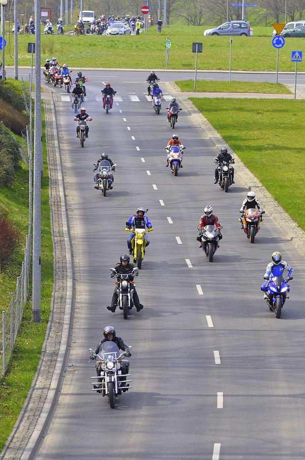 milosnicy motocykli jechali jechali jechali, zdjęcie 14/15