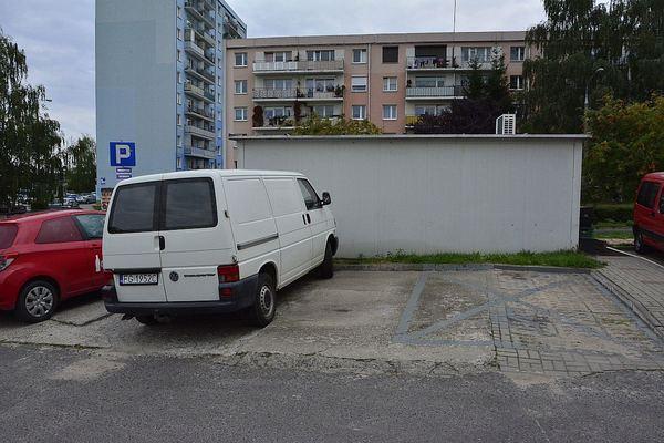 policjanci kontroluja a spoldzielnia gorczyn , zdjęcie 16/18