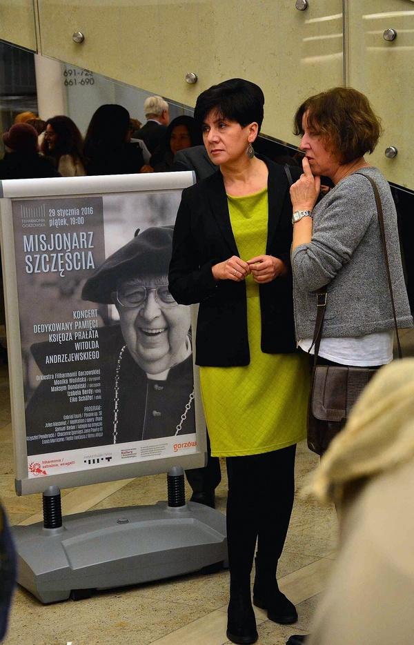 pamieci misjonarza szczescia, zdjęcie 31/37