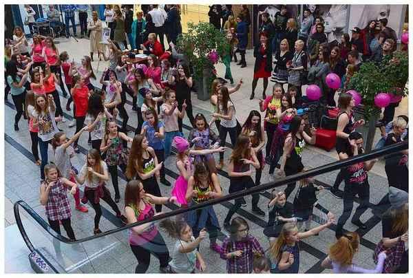 tancem pokazaly sprzeciw wobec przemocy, zdjęcie 19/40
