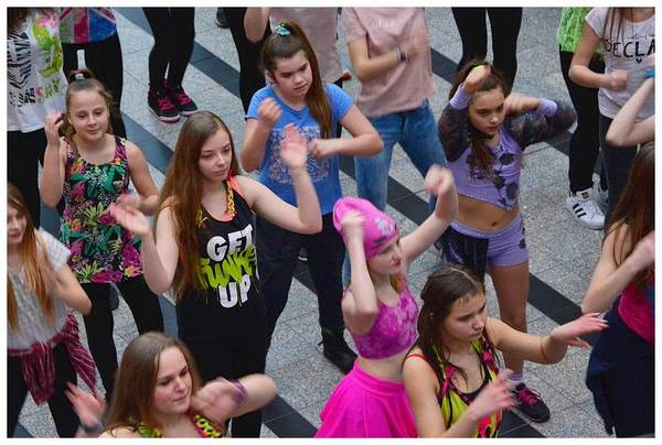 tancem pokazaly sprzeciw wobec przemocy, zdjęcie 20/40