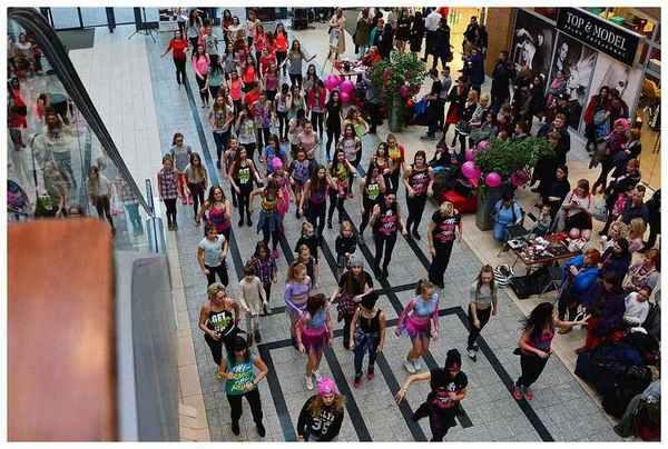 tancem pokazaly sprzeciw wobec przemocy, zdjęcie 23/40