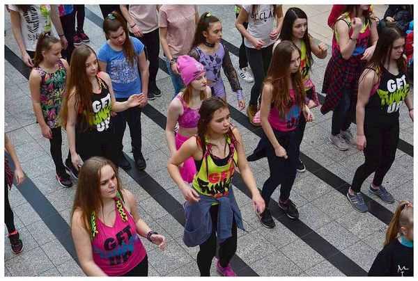 tancem pokazaly sprzeciw wobec przemocy, zdjęcie 24/40