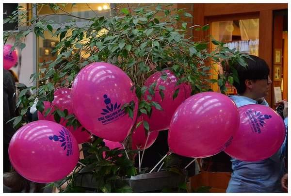 tancem pokazaly sprzeciw wobec przemocy, zdjęcie 39/40