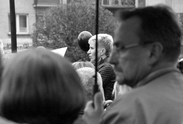 emocjonalny protest w czerni, zdjęcie 17/32