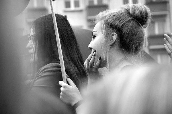 emocjonalny protest w czerni, zdjęcie 26/32