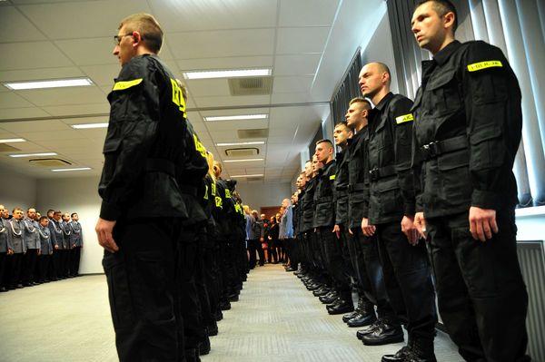 od nowego roku w policyjnym mundurze, zdjęcie 14/30