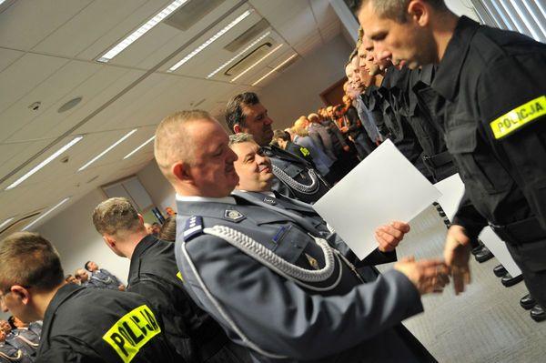 od nowego roku w policyjnym mundurze, zdjęcie 23/30