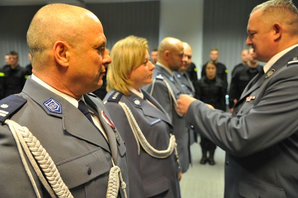 od nowego roku w policyjnym mundurze, zdjęcie 24/30