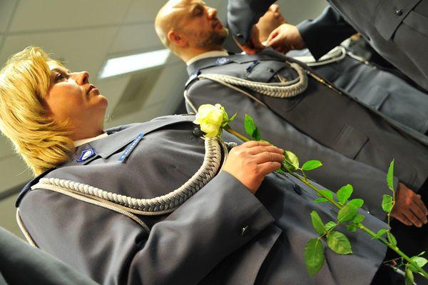 od nowego roku w policyjnym mundurze, zdjęcie 25/30