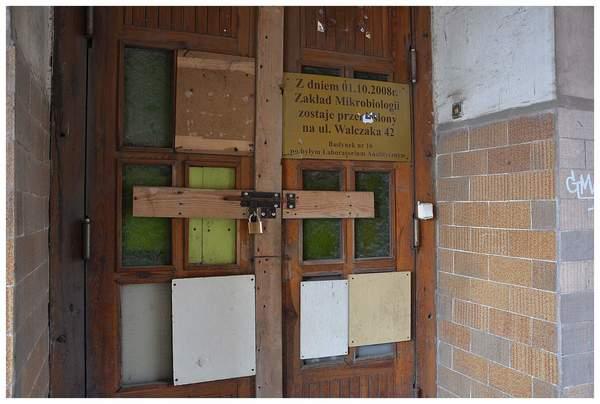 martwa sikorka symbolem zamknietego szpitala , zdjęcie 2/24