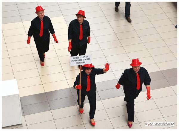 tanczyli spiewali karmili  tak promowali swoj, zdjęcie 9/11