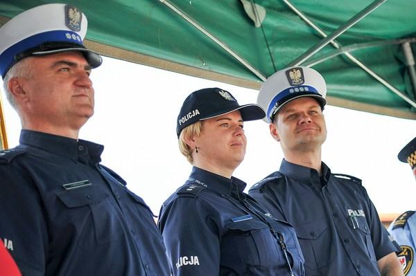 policja uczy dzieci jak bezpiecznie wypoczywac , zdjęcie 12/30