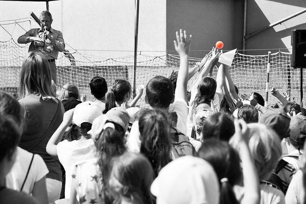 policja uczy dzieci jak bezpiecznie wypoczywac , zdjęcie 17/30