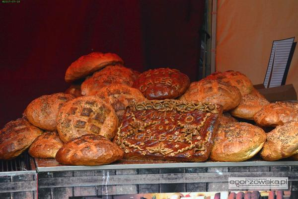 chleb to trud pot i praca ludzi, zdjęcie 11/12