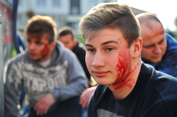 uzbrojeni napastnicy zaatakowali na stacji paliw , zdjęcie 33/55