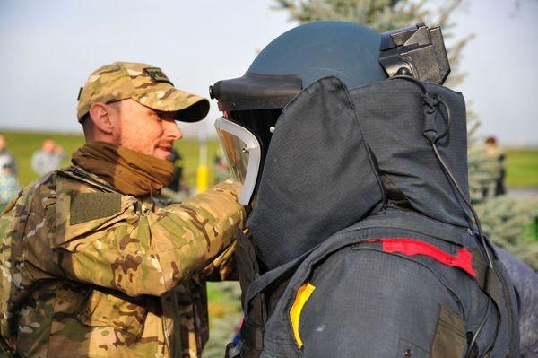 uzbrojeni napastnicy zaatakowali na stacji paliw , zdjęcie 47/55