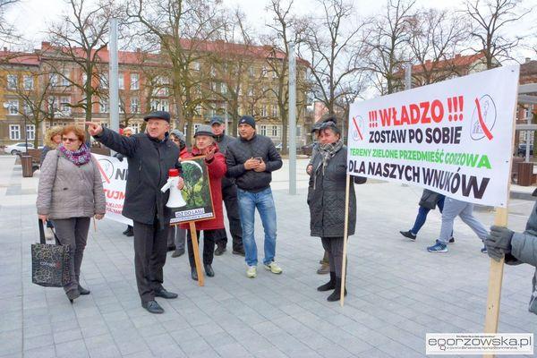 mial byc spacer otwarcia wyszla manifestacja, zdjęcie 2/11