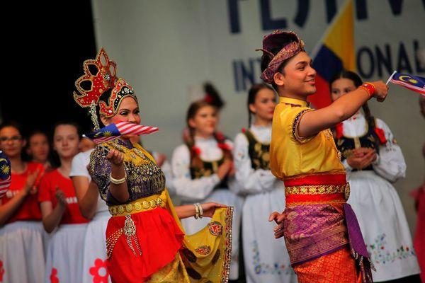 na folk festiwal zjechali z trzech kontynentow , zdjęcie 8/11