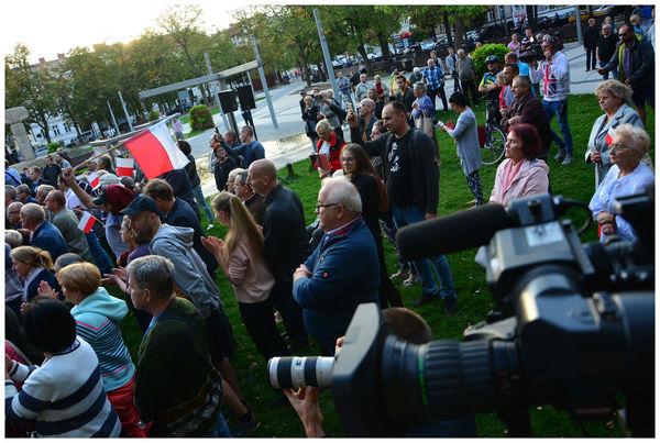 mnostwo ochrony i zadyma  wizyta premiera morawi, zdjęcie 9/35