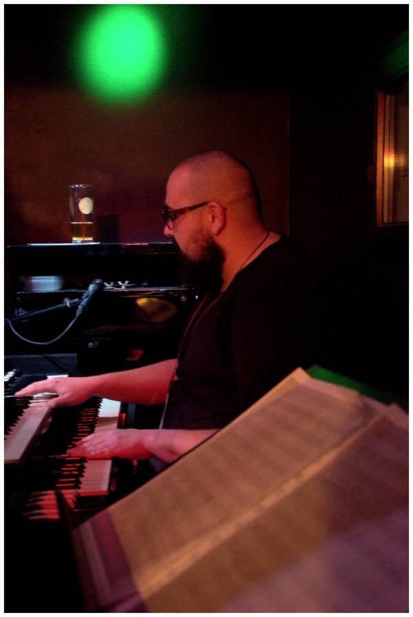 jazzowa noc pod filarami, zdjęcie 3/23