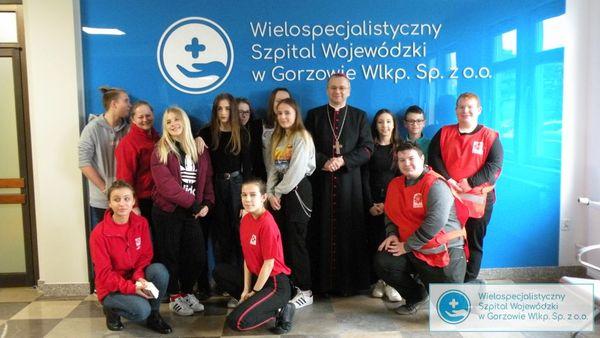 biskup litynski odwiedzil chorych, zdjęcie 3/14
