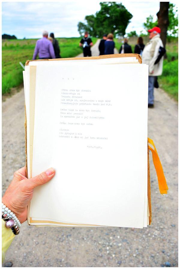 poszli z poezja w pole, zdjęcie 19/33