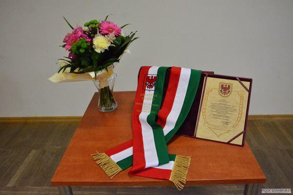 uroczysta sesja z medalami i odznakami, zdjęcie 1/59