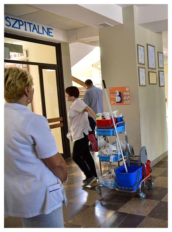 bardzo wazne idziesz do szpitala myj rece, zdjęcie 5/11