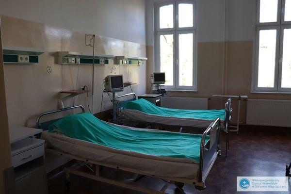 pierwsi pacjenci jednoimiennego szpitala zakazneg, zdjęcie 3/3
